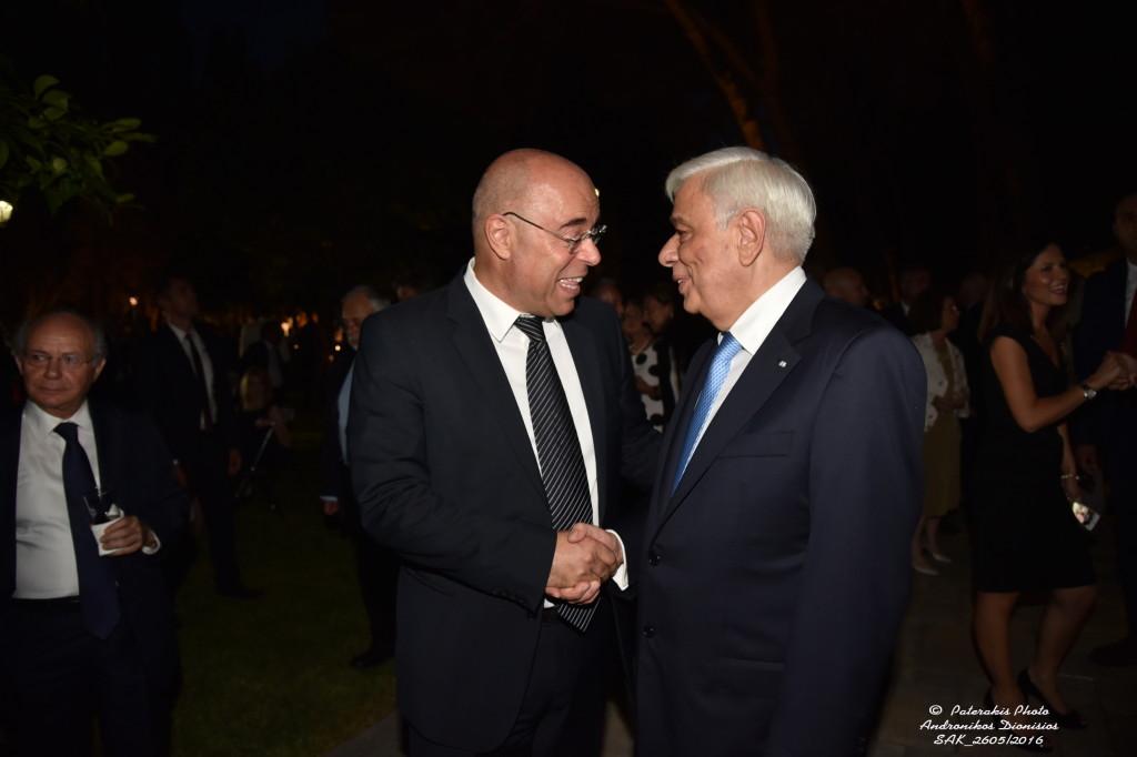 O πρόεδρος του Συμβολαιογραφικού Συλλόγου Αθηνών με τον Πρόεδρο της Δημοκρατίας